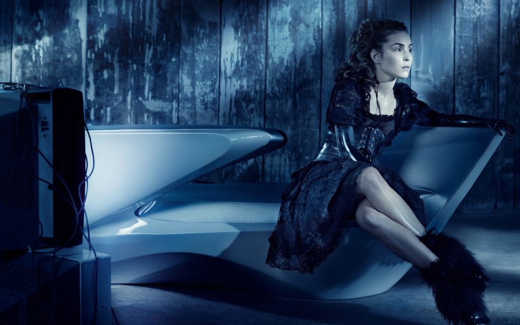 hot-noomi rapace hd wallpapers