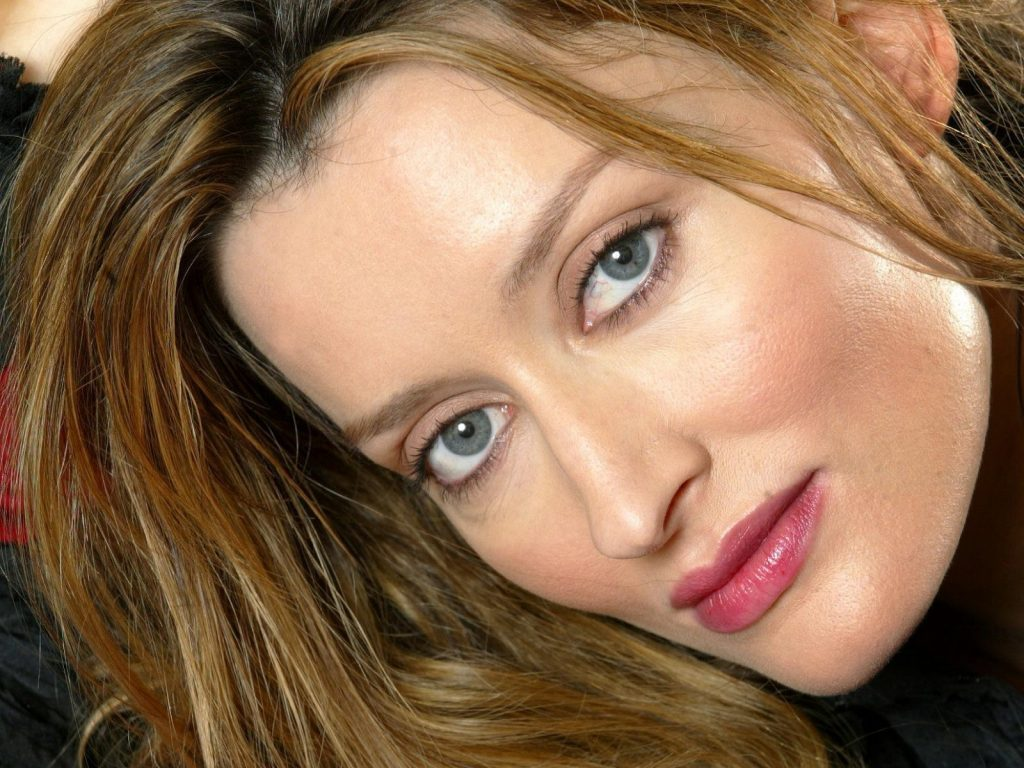 natascha mcelhone face photos wallpapers