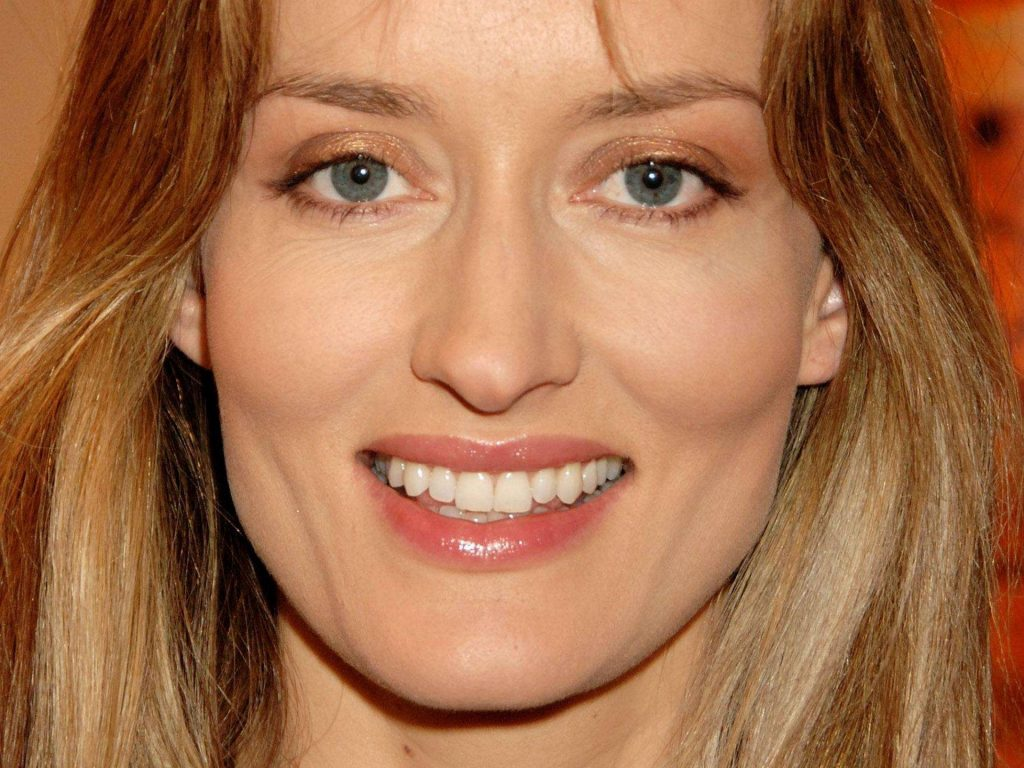 natascha mcelhone smile wallpapers