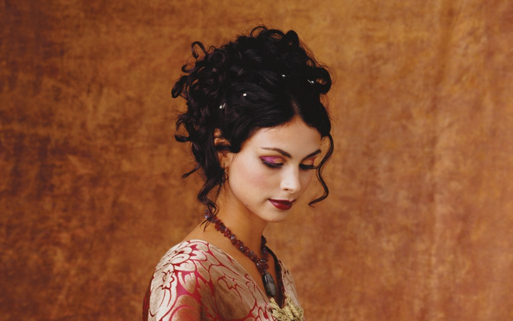 beautiful morena baccarin wallpapers