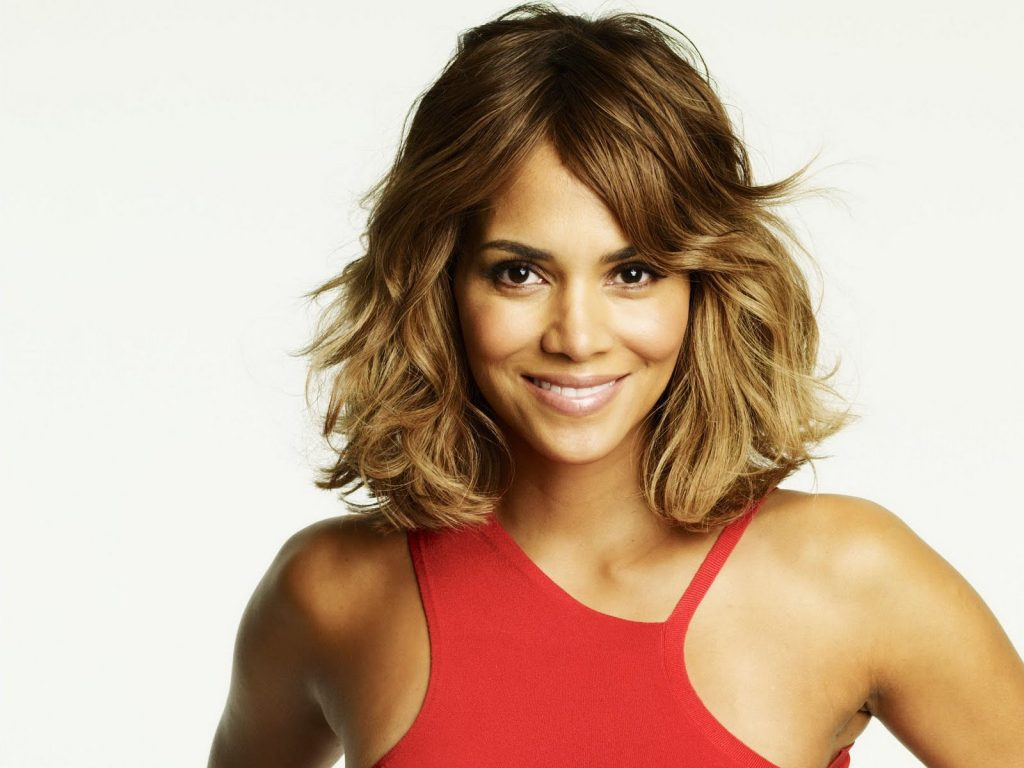 halle berry smile wallpapers