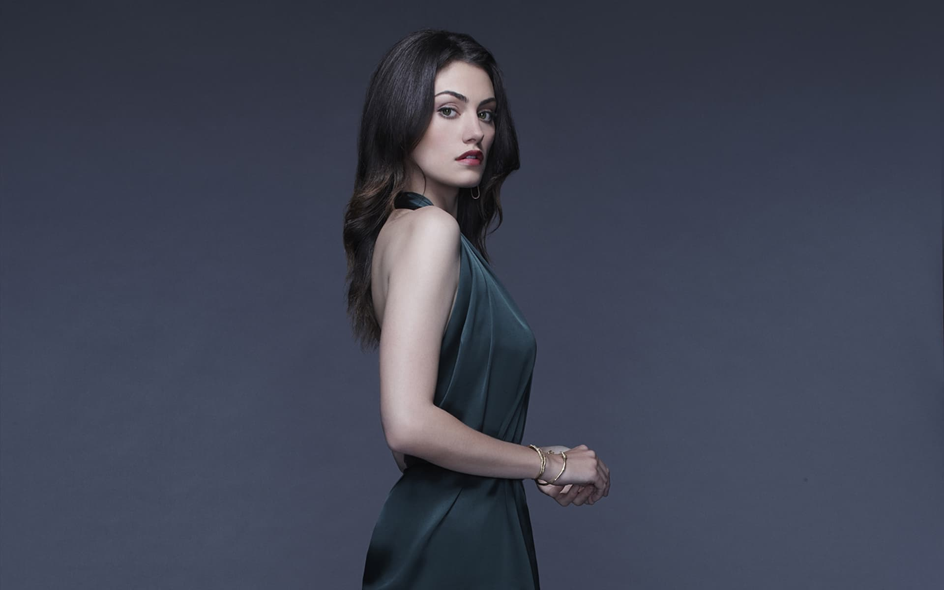 Image Result For Phoebe Tonkin Wallpaper