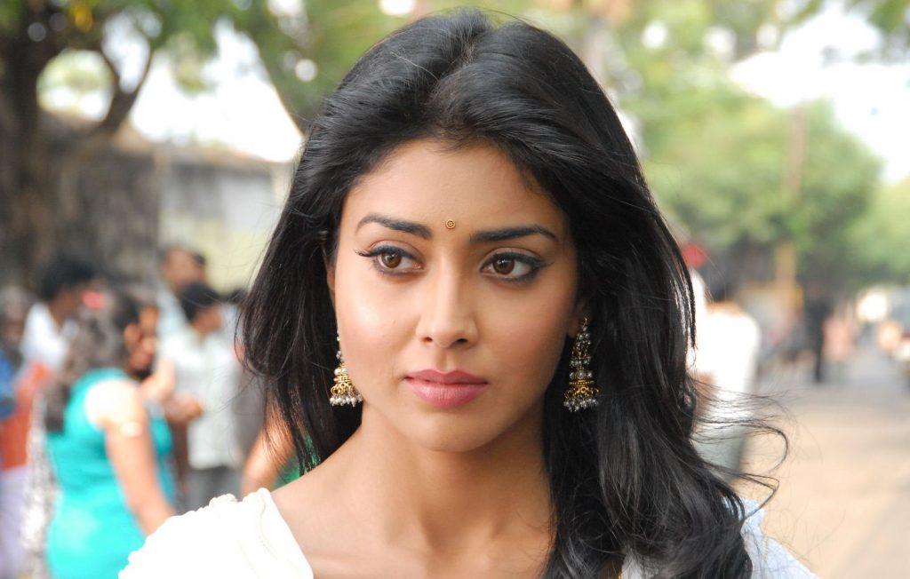 shriya saran actress wallpapers