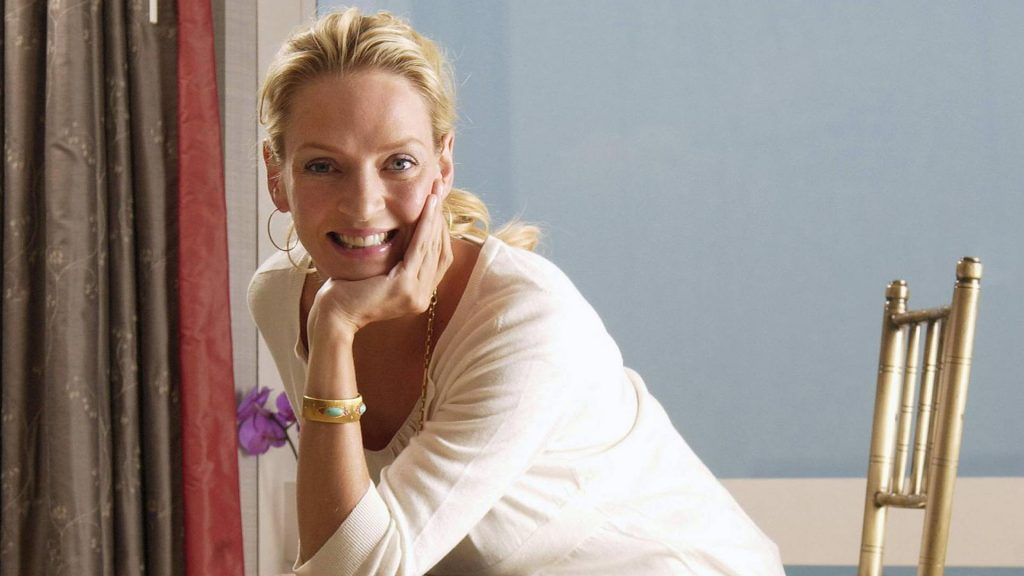 uma thurman smile wallpapers