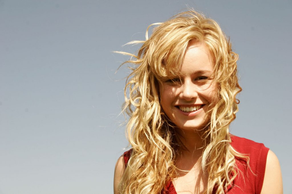 brie larson desktop wallpapers