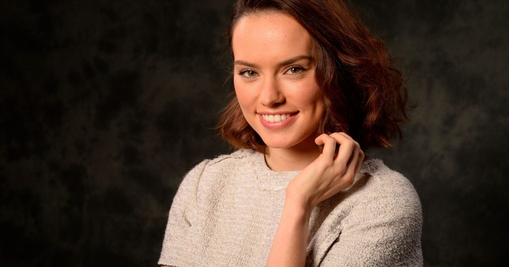 daisy ridley smile wallpapers
