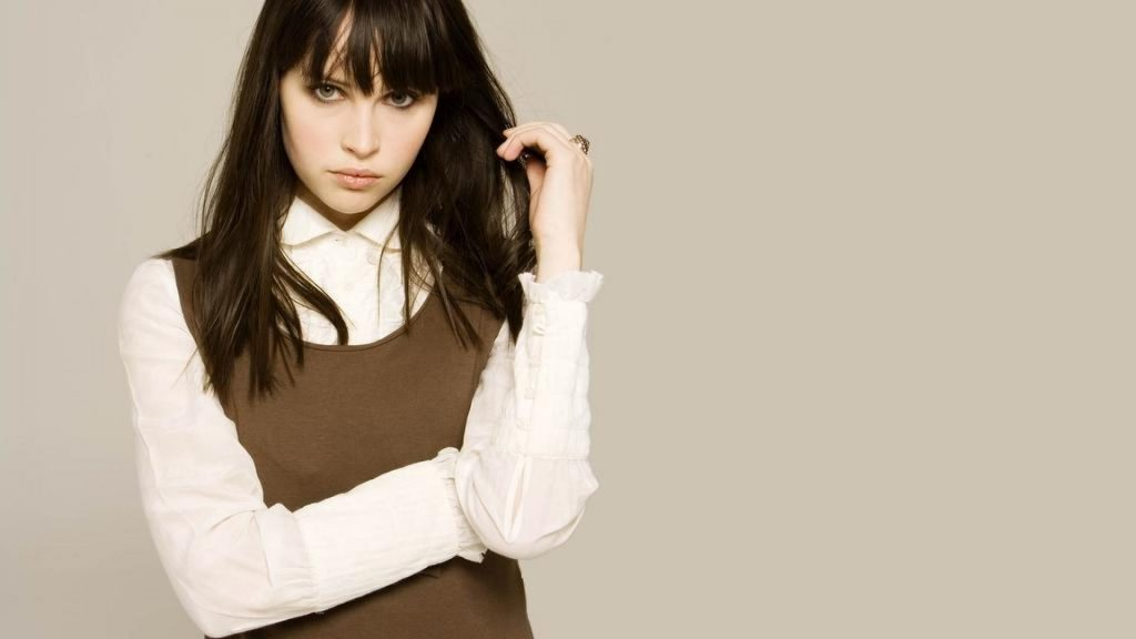 felicity jones desktop wallpapers
