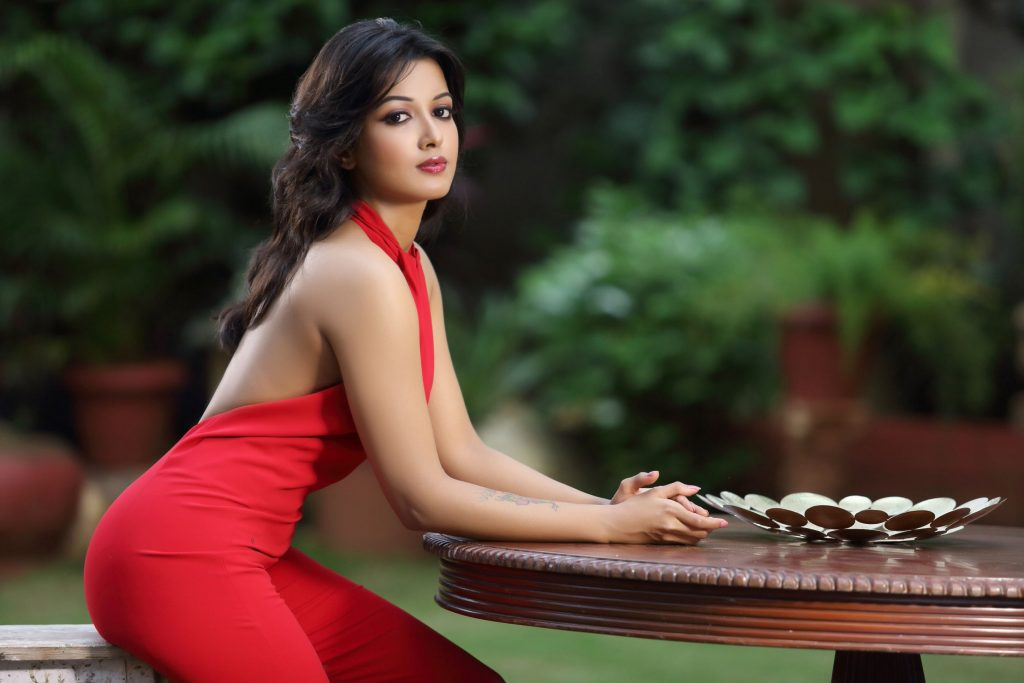 hot catherine tresa background hd wallpapers