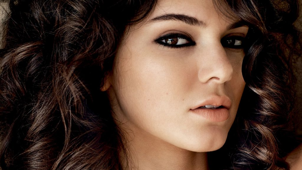 kendall jenner face wallpapers