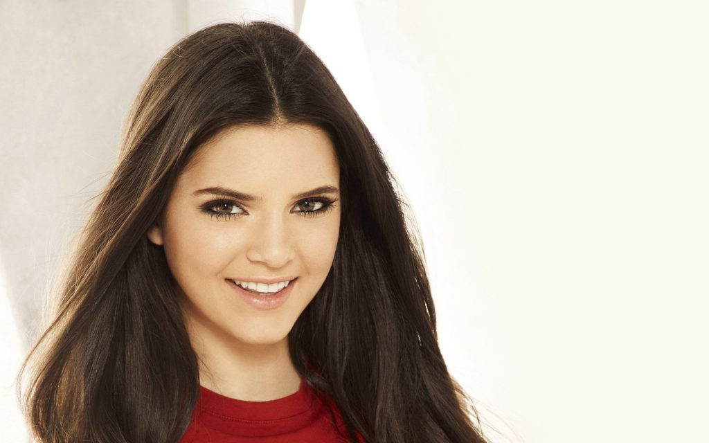 kendall jenner smile wallpapers