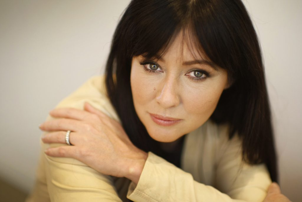 shannen doherty actress hd wallpapers