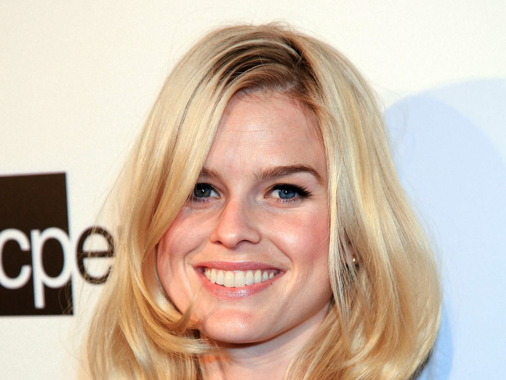 alice eve smile wallpapers