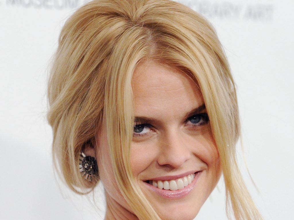 alice eve smile background wallpapers