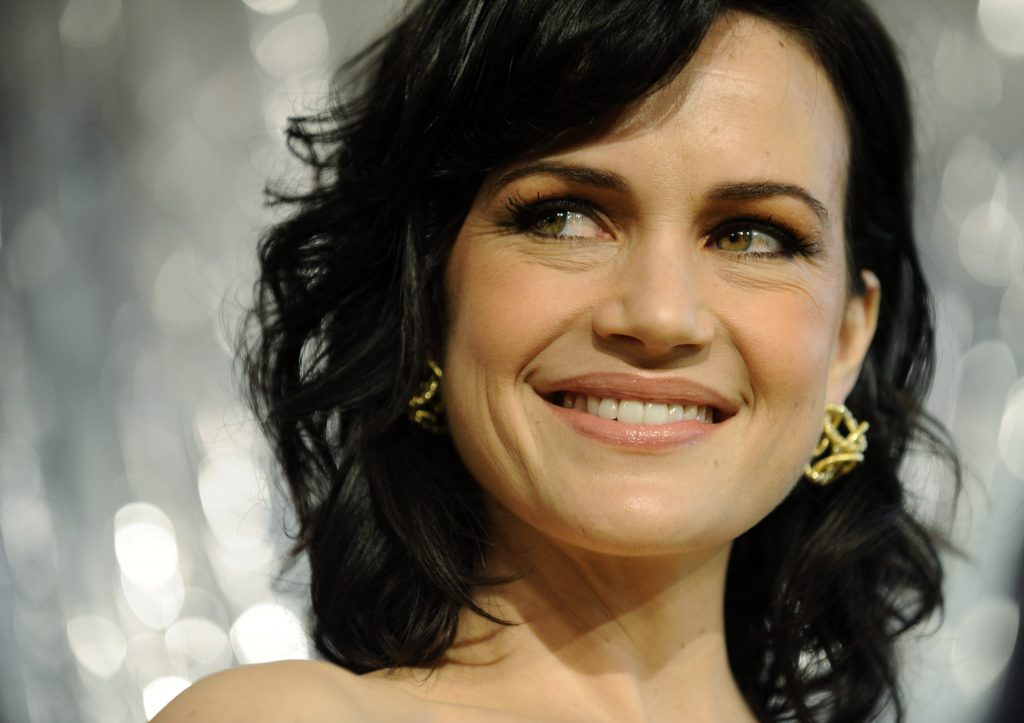 carla gugino smile background hd wallpapers
