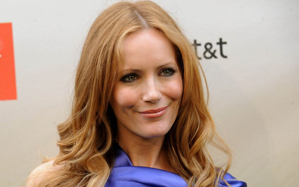 leslie mann actress desktop wallpapers