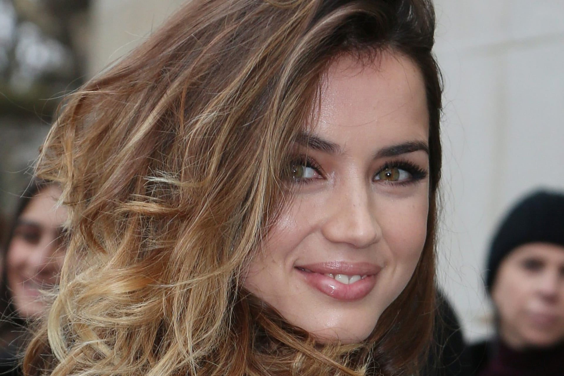 5 Hd Ana De Armas Wallpapers