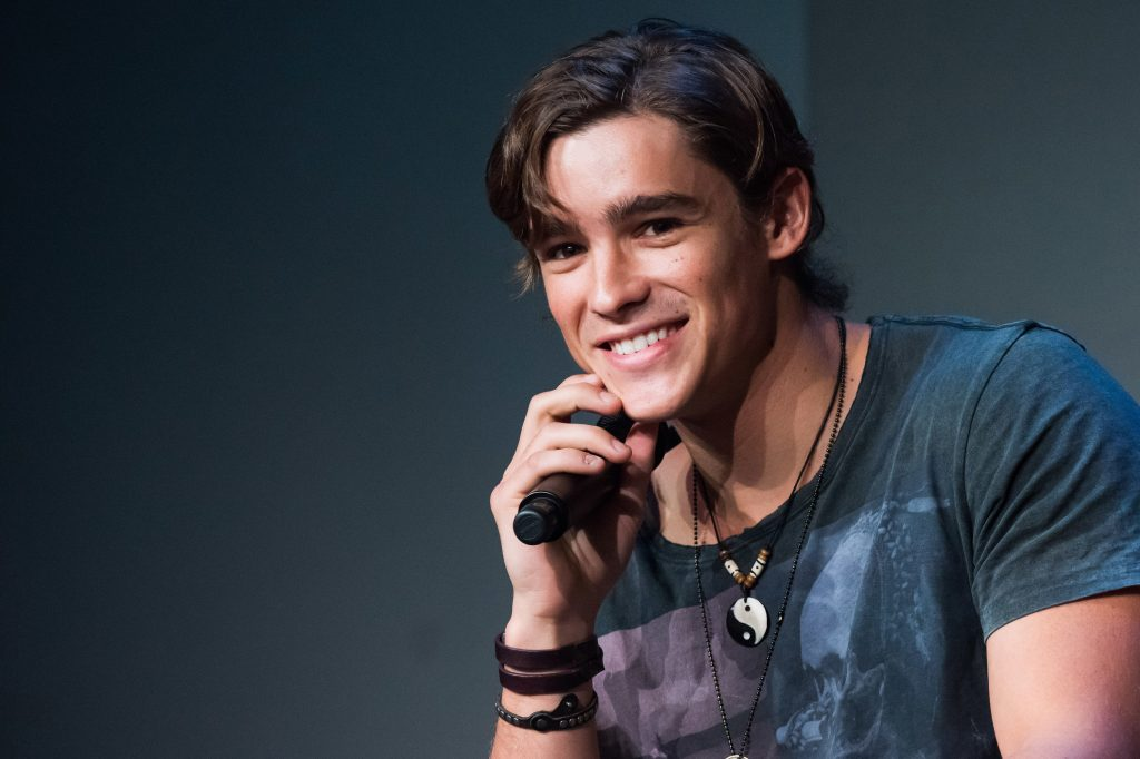 brenton thwaites wallpapers