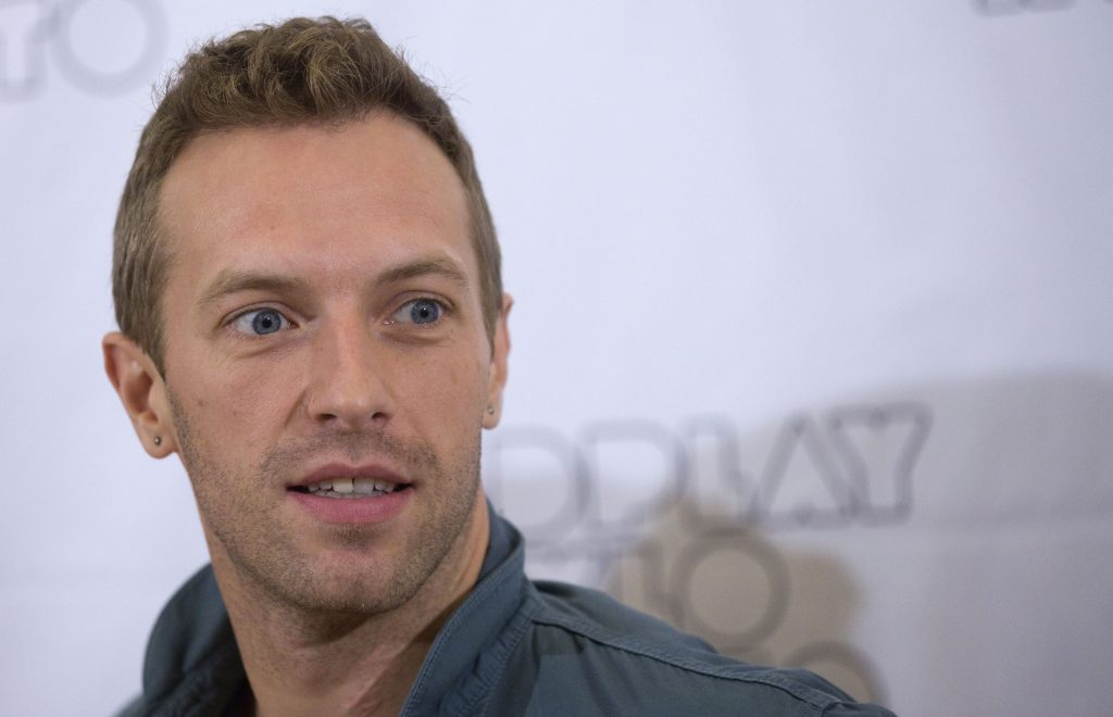 chris martin widescreen wallpapers