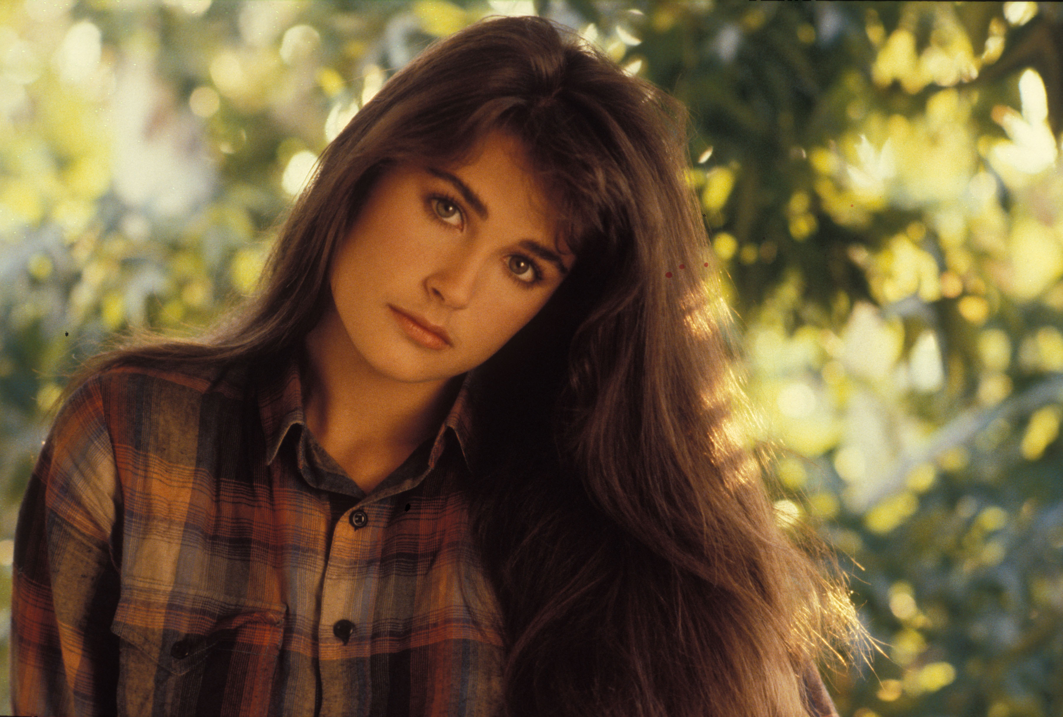 10 Hd Demi Moore Wallpapers