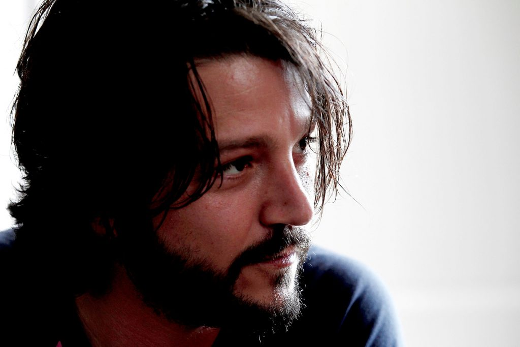 diego luna face wallpapers