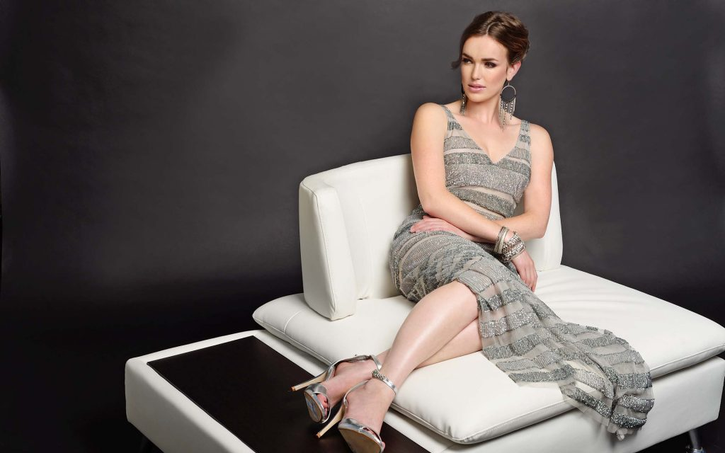 elizabeth henstridge wallpapers