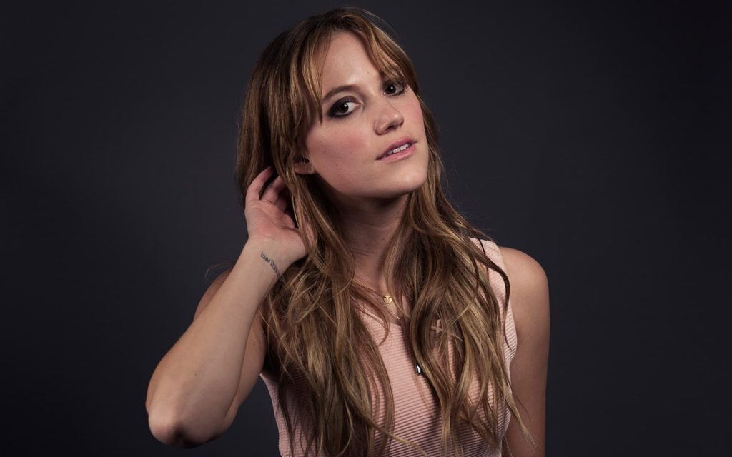 maika monroe celebrity wallpapers