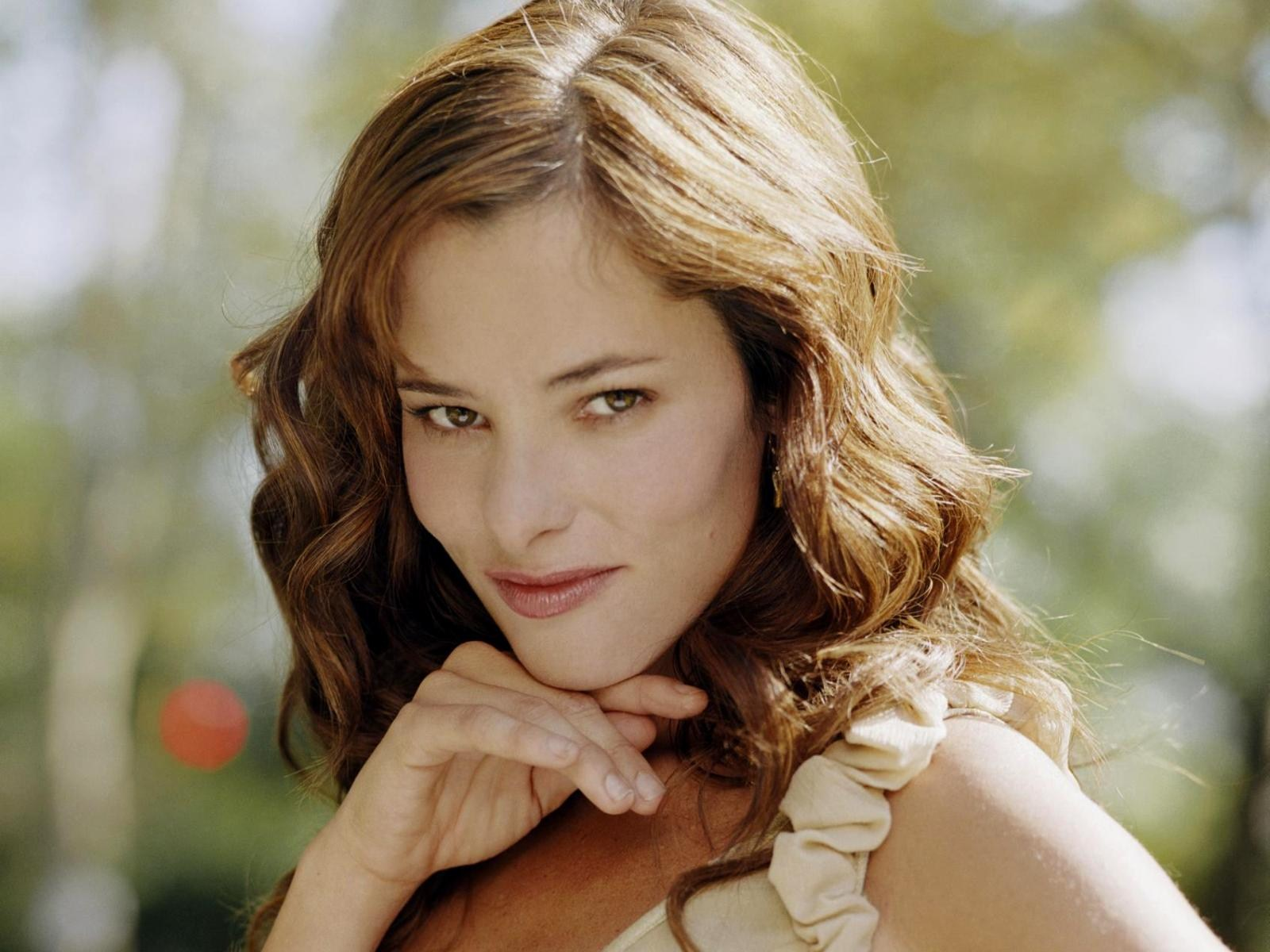 3 hd parker posey wallpapers
