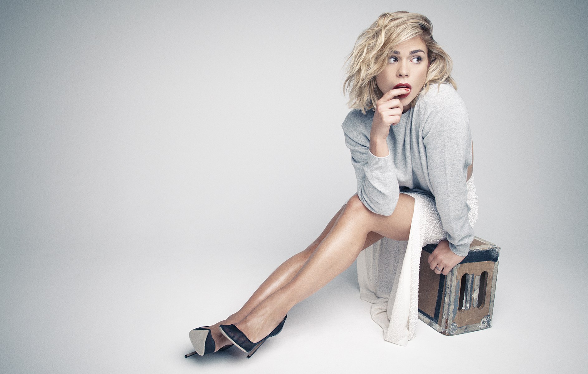 12 Hd Billie Piper Wallpapers-7868