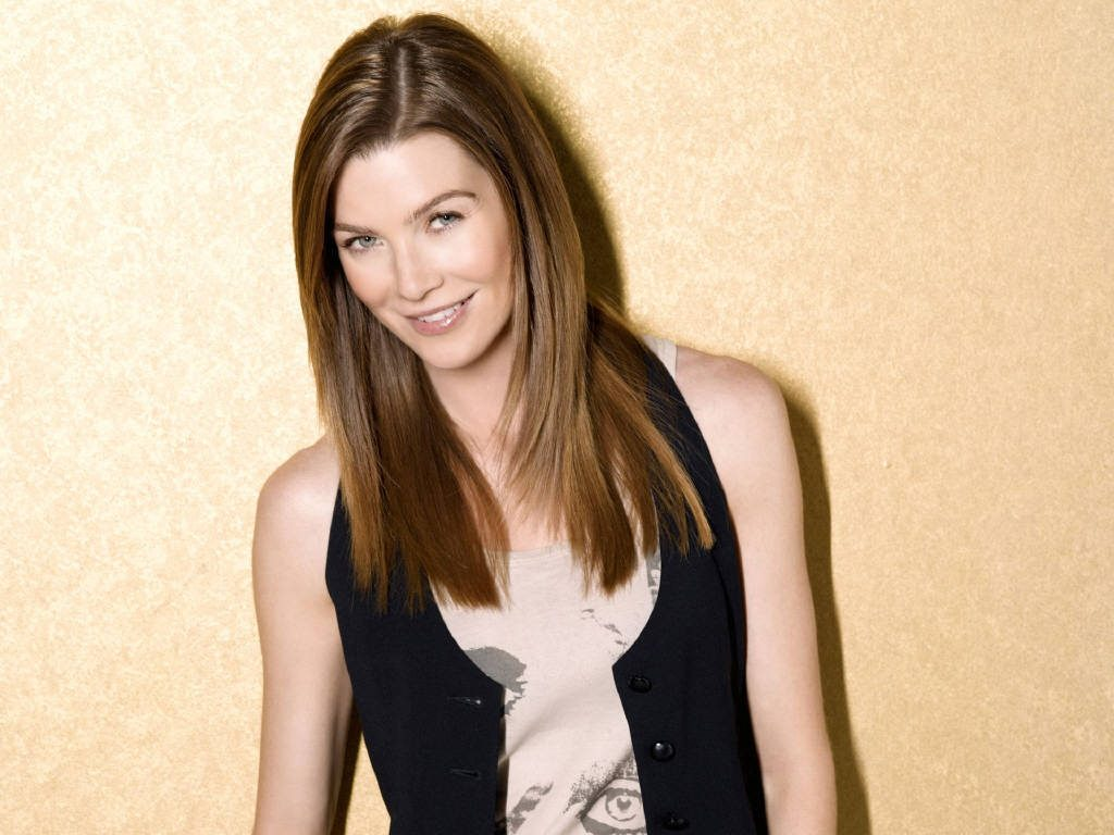 ellen pompeo smile wallpapers