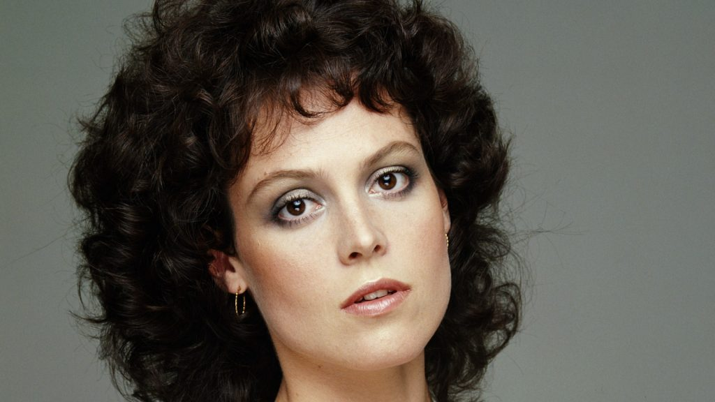 sigourney weaver desktop wallpapers
