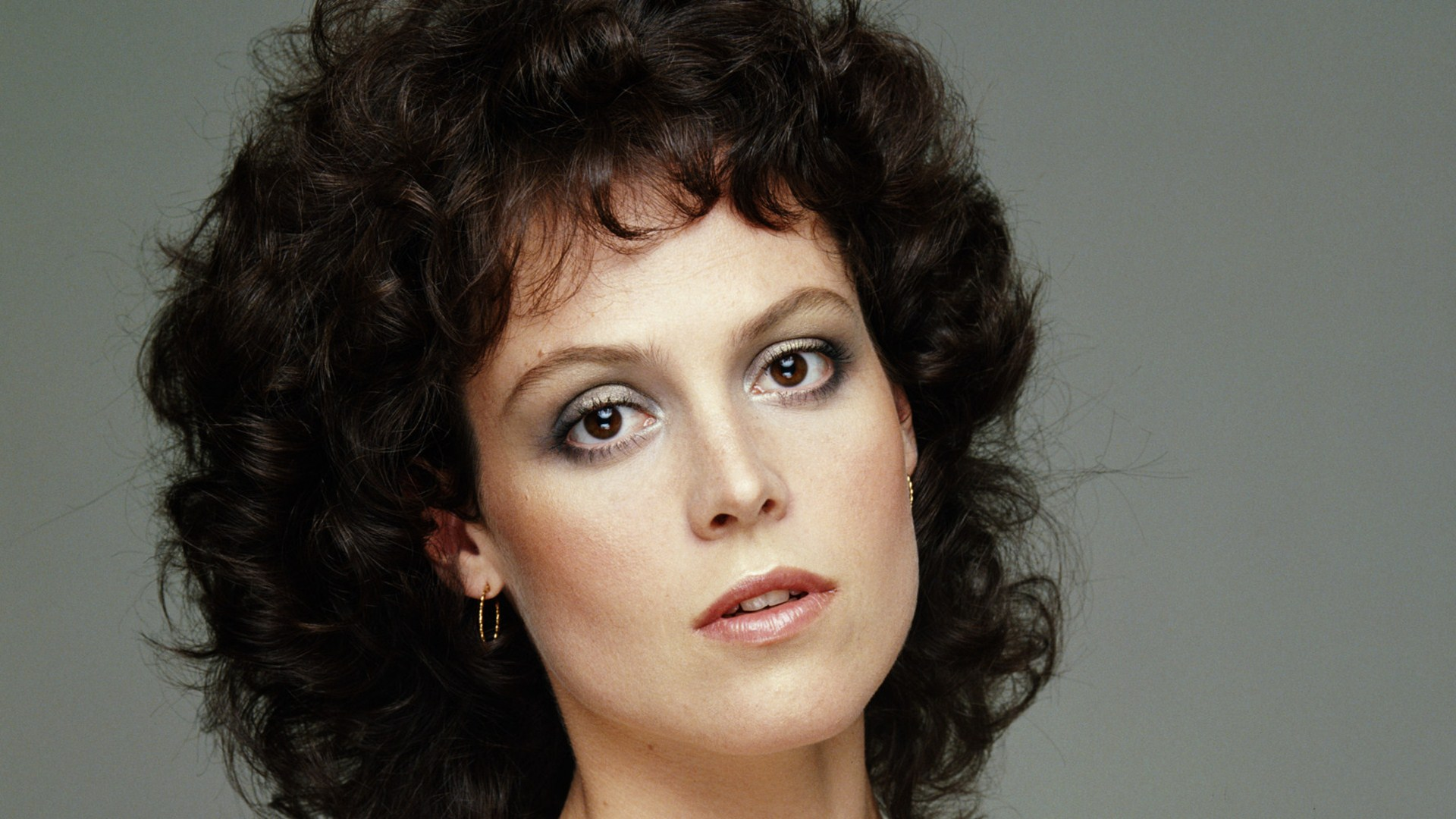 7 Hd Sigourney Weaver Wallpapers-1386