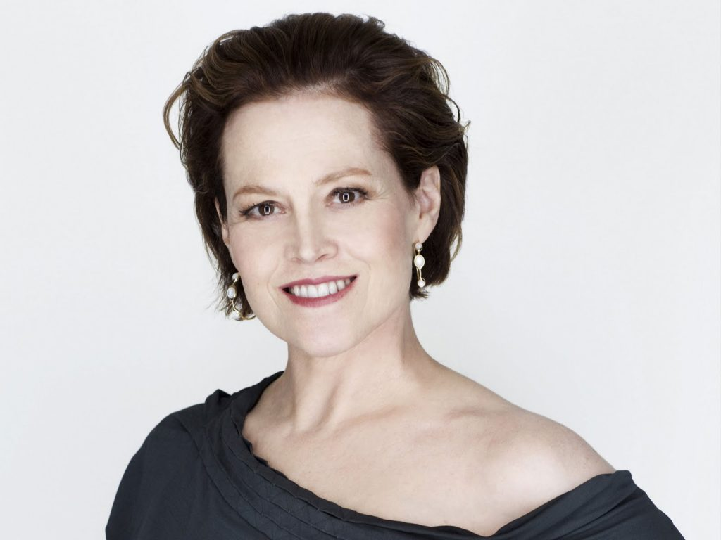 sigourney weaver smile wallpapers