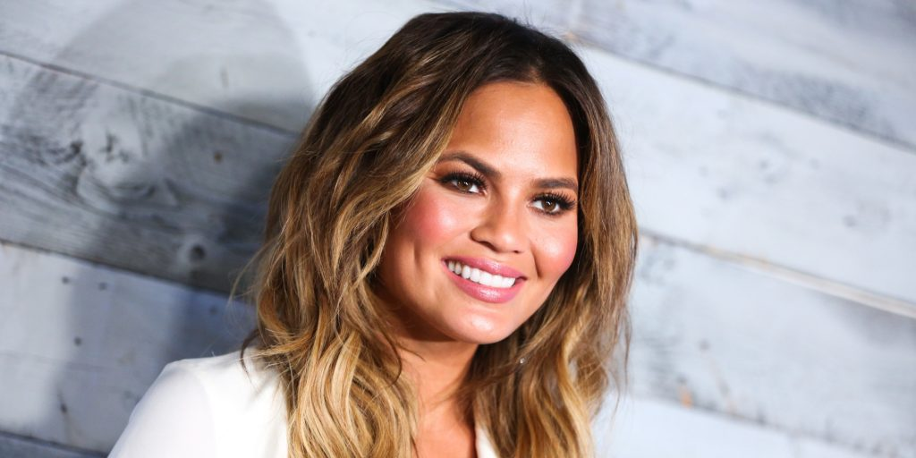 Chrissy Teigen Wallpapers