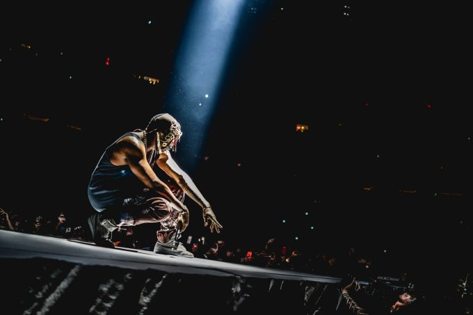 6 HD Kanye West Wallpapers