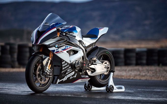 10 Hd Bmw Hp4 Bike Wallpapers